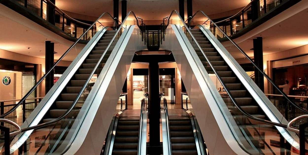 Escalators inside a shine shopping center