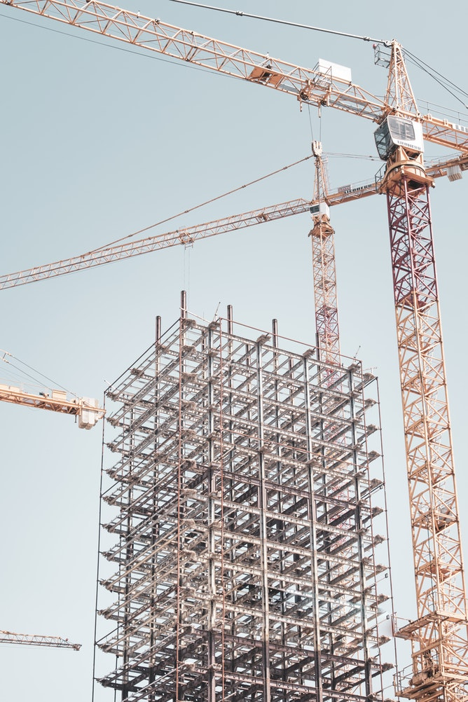 Construction of a high-rise building with a crane